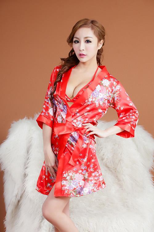 gorgeous asian massage therapists   nuru stars